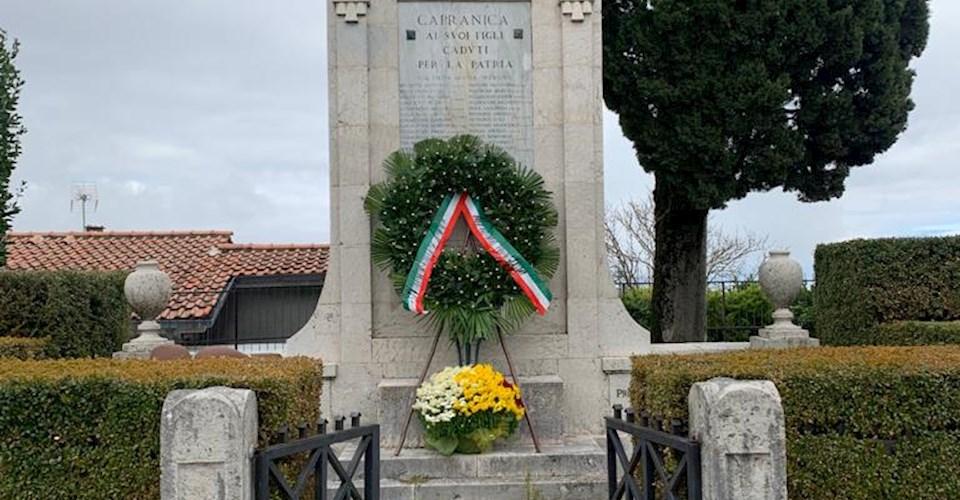 <a href='dettagli.aspx?c=1&sc=8&id=73&tbl=eventi'><div class='slide_title'><h3>4 Novembre 2020 - Celebrazione Festa Unità Nazionale</h3></div><div class='slide_text'><span>In questa data nel 1918 con la firma dell'armistizio, veniva sancita la vittoria dell'Italia sull'Austria, nel 1°conflitto mondiale. L'esercito italiano dopo la disfatta di Caporetto, e la strenua di ...</span></div></a>